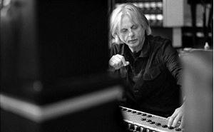 Picture of ECM Records įkūrėjui M. Eicheriui – Grammy apdovanojimas